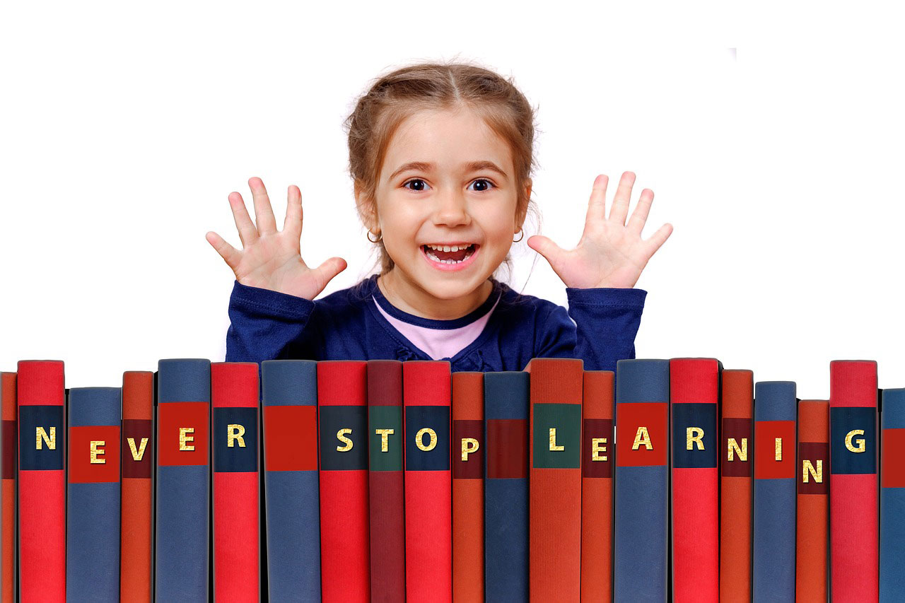 dziewczynka - nauka języka obcego